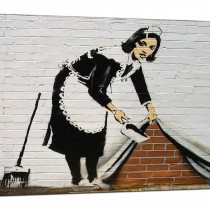 cheap-banksy-canvas-pictures-maid-sweeping-stuff-under-the-carpet-wall-urban-art-1r161m